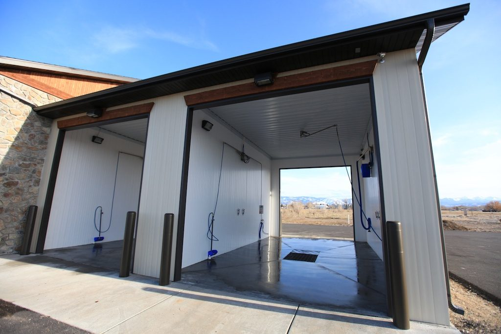 Carriage House Carwash » Bozeman's Premiere Auto + Dog Wash